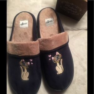 Kyoto fleece slippers size 6,  NWOT